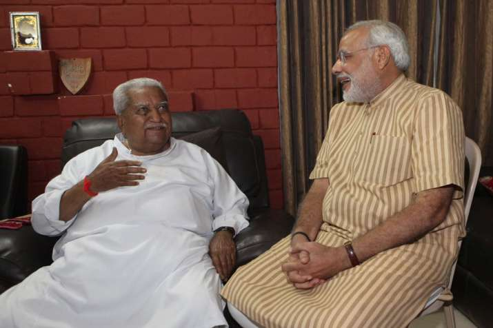India Tv - PM Modi with Keshubhai Patel