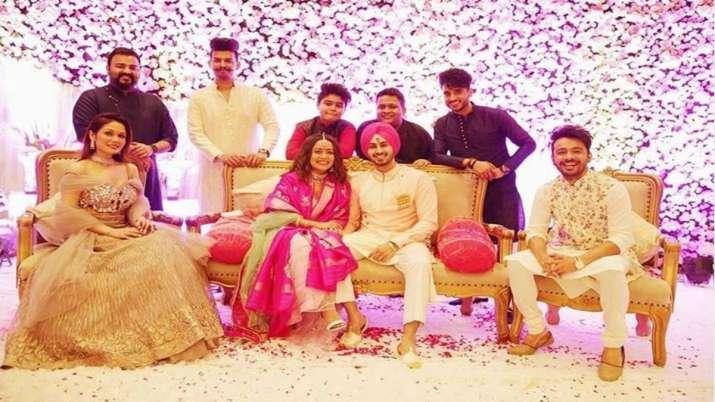 Neha Kakkar, Rohanpreet have a Gurdwara wedding