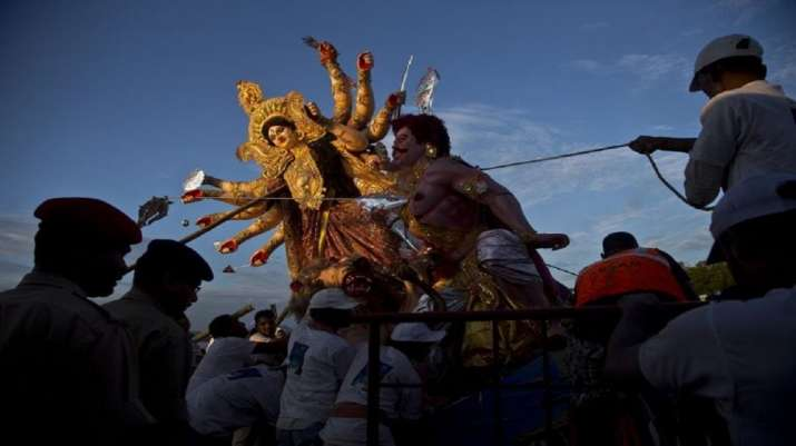 West Bengal: Durga Puja pandal 'no-entry zone' order partially eased, up to 45 people allowed