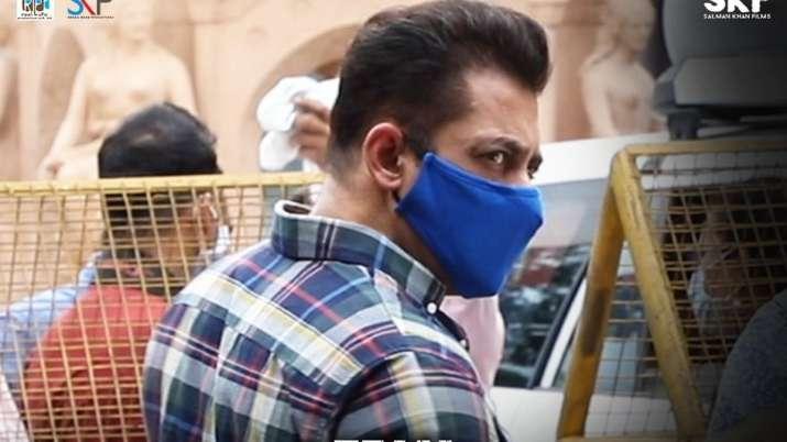 Salman Khan, Jackie Shroff, Disha Patani & others resume shoot with safety