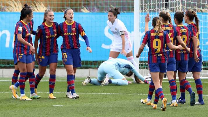 Barcelona beat Real Madrid 4-0 in first women's clasico