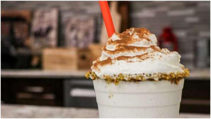 Pistachio Chai Milkshake, Cinnamon