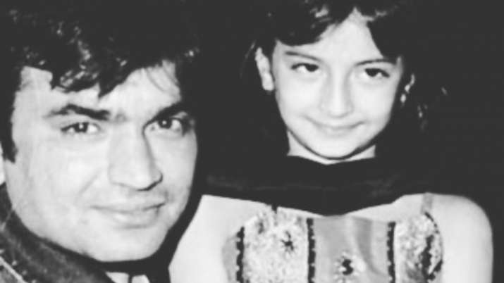 Palak Tiwari's father Raja Chaudhary wishes her on birthday with childhood picture