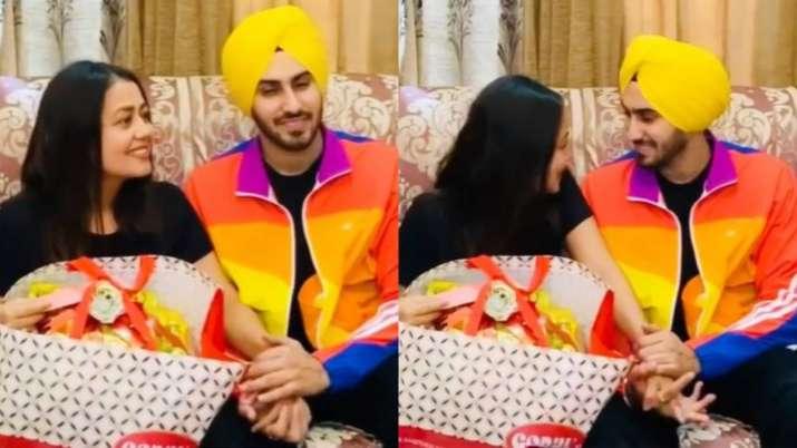 VIDEO: When Neha Kakkar met beau Rohanpreet's family for the first time