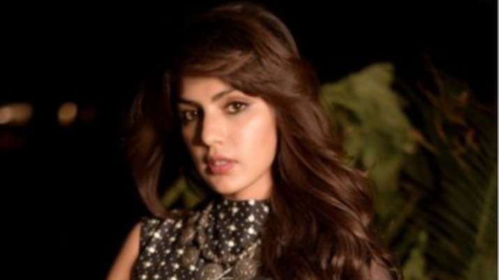 Rhea Chakraborty's lawyer releases statement as Mumbai Police claim 'bound to file FIR against SSR's