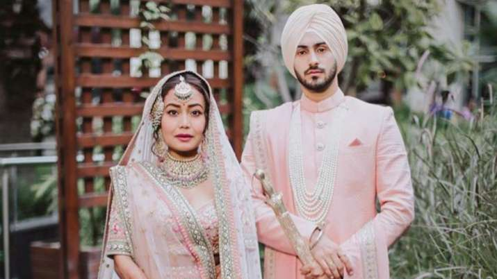 Neha Kakkar adds Mrs Singh to her name on Instagram