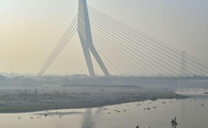Delhi air quality, delhi air pollution, delhi pollution, delhi air quality marginal improvement, del