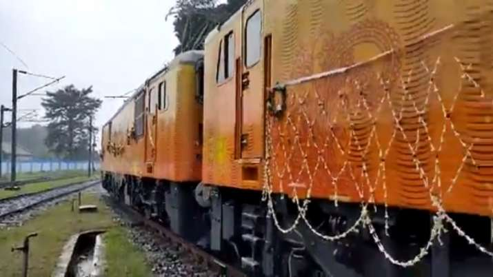 Railways unveils the first batch of indigenously