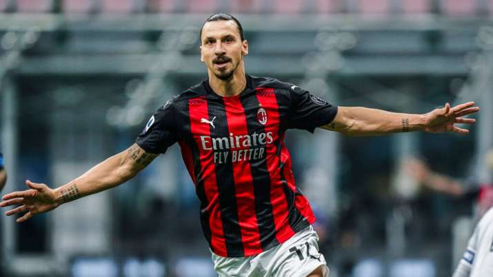 Serie A Zlatan Ibrahimovic Shines With Brace In Ac Milan S 2 1 Win Over Inter Football News India Tv