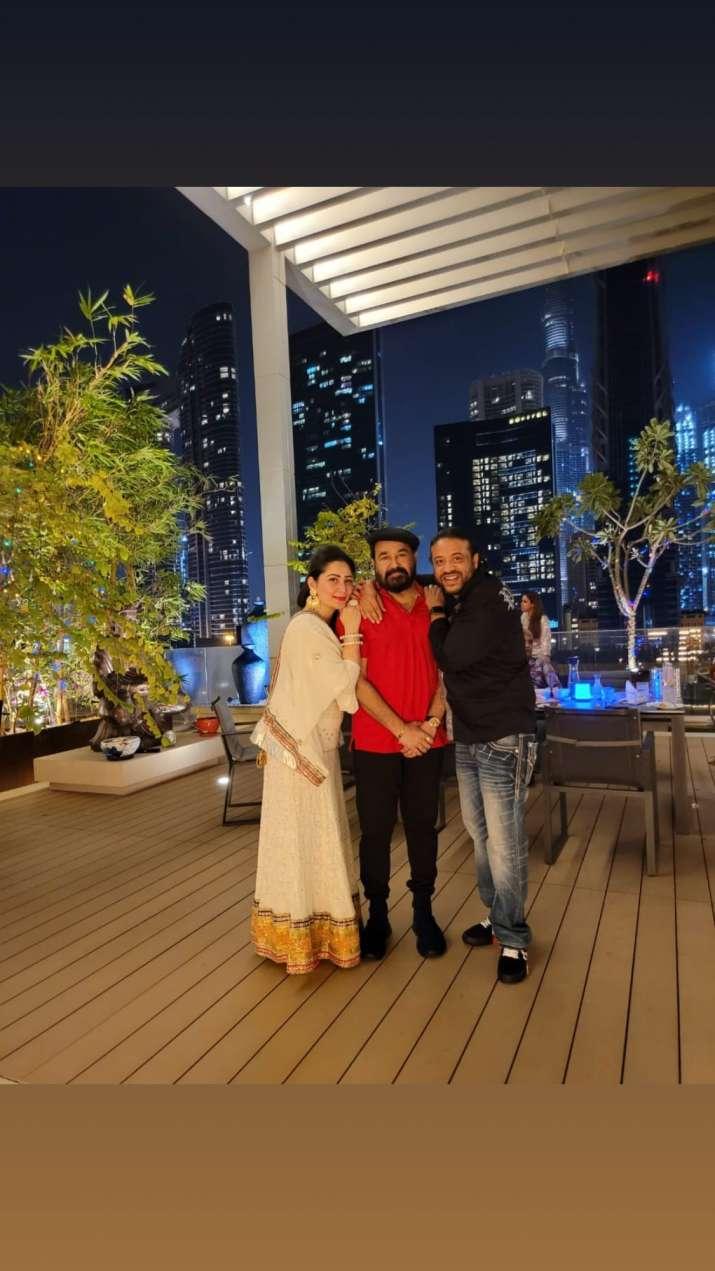 India Tv - Maanayata shares Diwali 2020 celebrations pics