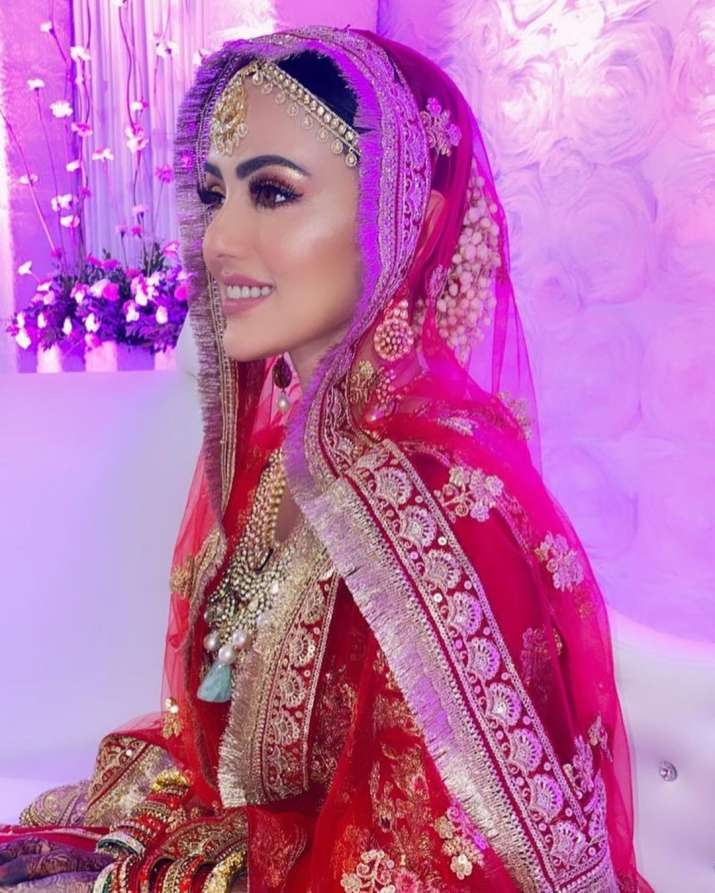 India Tv - Sana Khan's unseen photos from her wedding
