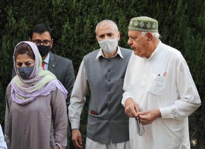 farooq abdullah, farooq abdullah jammu kashmir state election commissioner, PAGD candidates, Peoples
