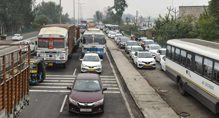 Delhi borders closed: Check routes that are open, closed as farmers' protest enter day 15