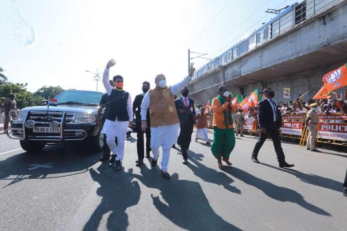 amit shah chennai, amit shah tamil nadu visit, amit shah, tamil nadu visit, amit shah greets support