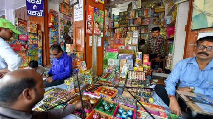 RSS-affiliate SJM denounces firecrackers ban ahead of