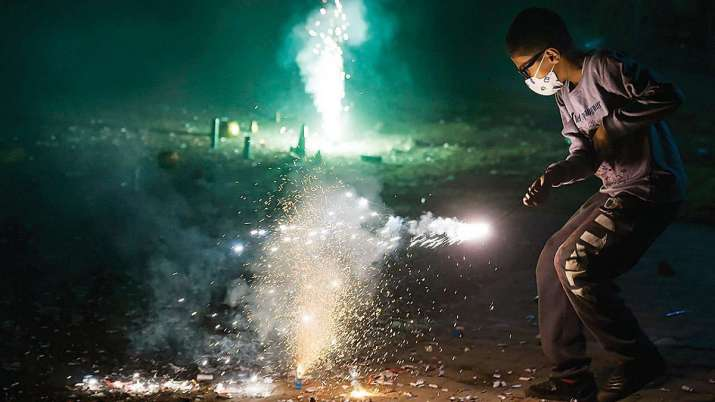 Two held for selling firecrackers in Greater Noida despite ban