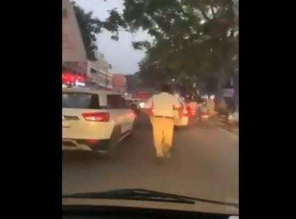 Hyderabad Traffic Police personnel G.Babji ran more than a kilometre to clear traffic for an ambulan