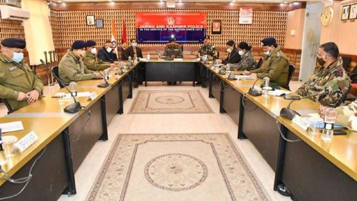 Jammu and Kashmir DGP reviews security arrangements