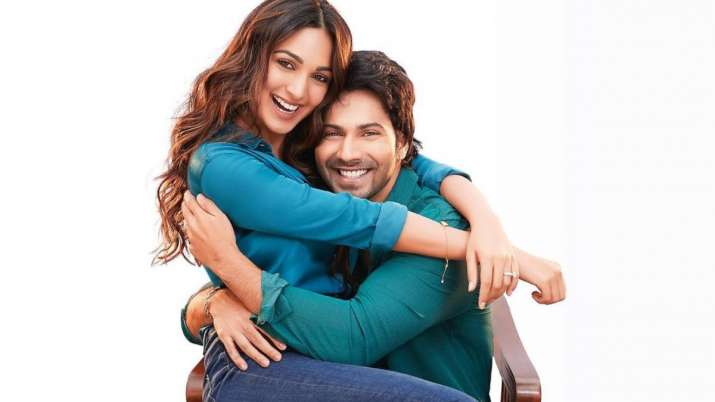 Jug Jugg Jeeyo: Varun Dhawan, Kiara Advani look like a happy husband & wife in the first look poster