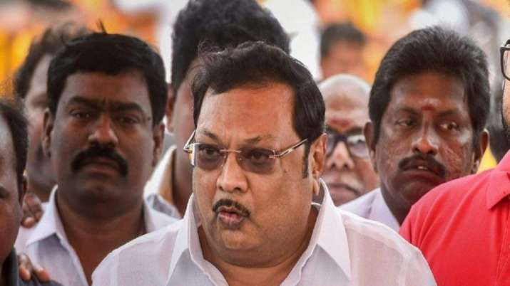Ahead of Tamil Nadu assembly polls, Karunanidhi's son MK Alagiri likely to form a new party