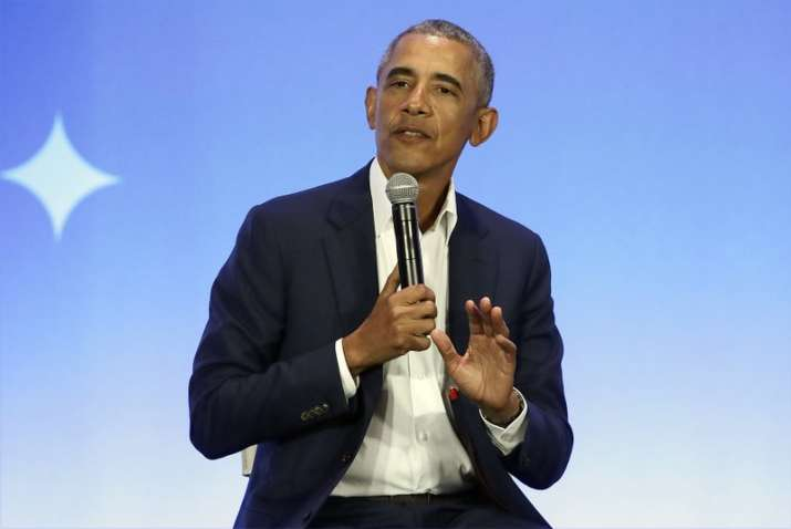 Barack Obama memoir off to record-setting start, sells