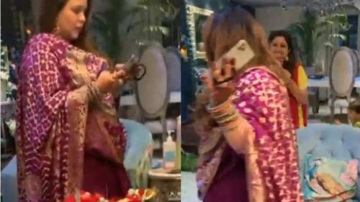 India Tv - Is Ginni Chatrath pregnant?