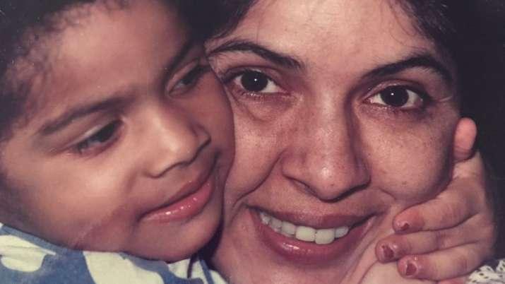 Neena Gupta wishes daughter Masaba on birthday with