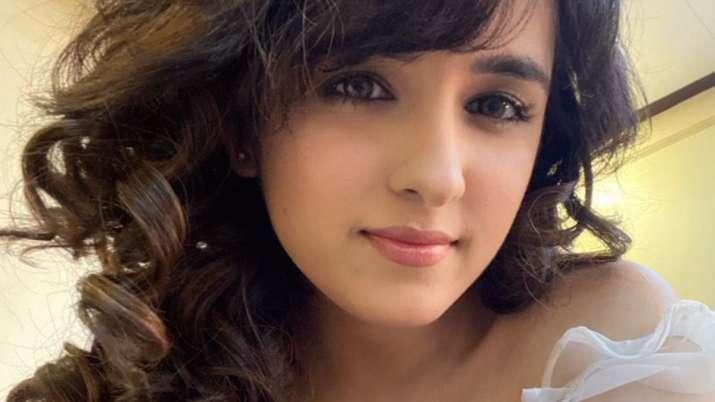 Shirley Setia to make Telugu film debut opposite Naga Shaurya