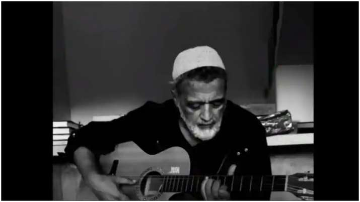 Lucky Ali stops singing O sanam at line mentioning death in viral video