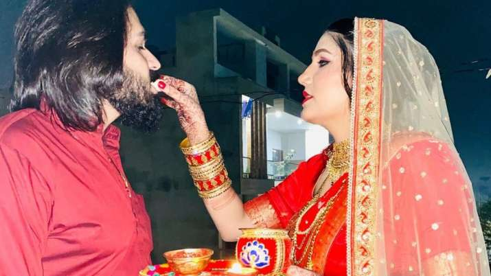 Sapna Choudhary shares FIRST PICS with husband Veer Sahu on Karwa Chauth