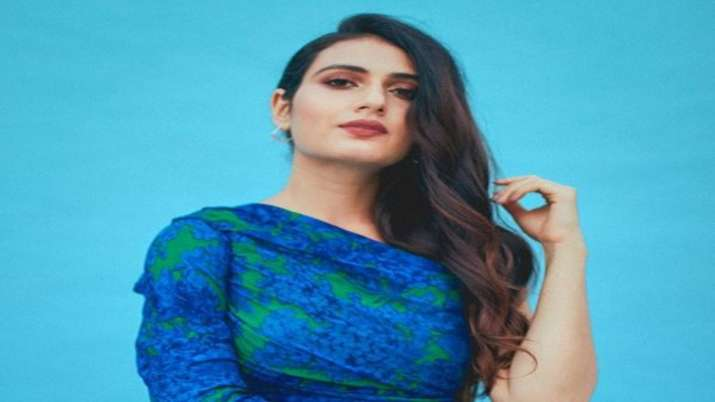 Technology was new, everything appeared sweet and romantic: Fatima Sana Shaikh on '90s era