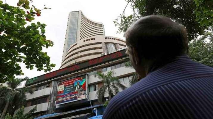 Sensex, Nifty start on tepid note amid weak global cues