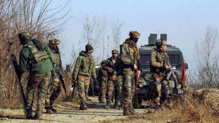 Pulwama terrorists grenade attack civilians soldiers injured srinagar Jammu Kashmir   India News – India TV