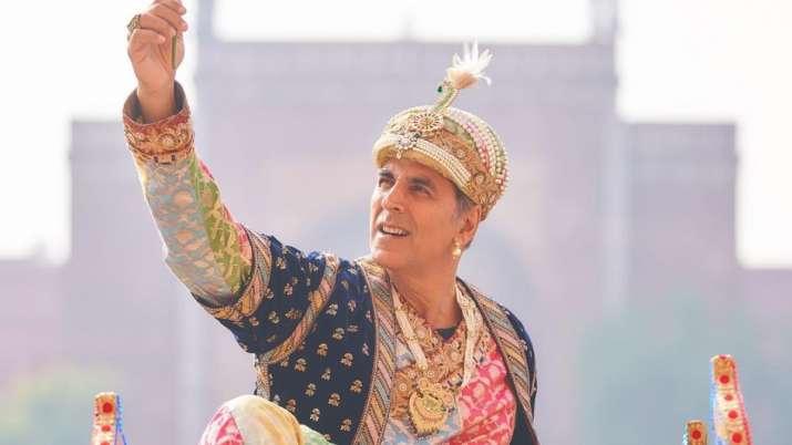 Atrangi Re: Akshay Kumar dons Shah Jahan avatar in front of Taj Mahal. See pics, videos