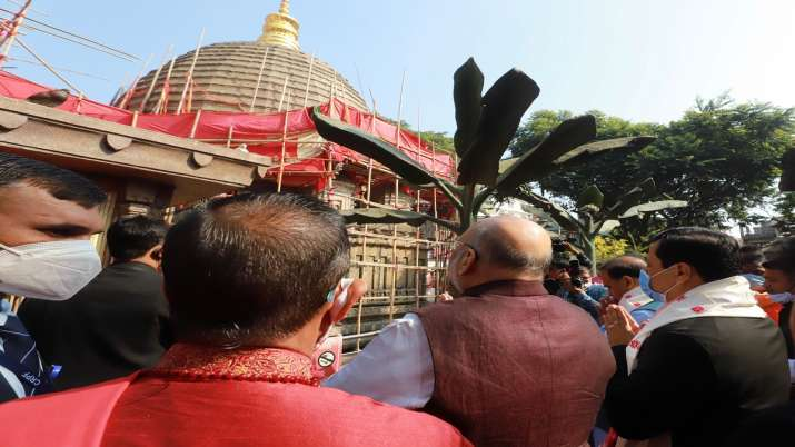 India Tv - Amit shah offers prayers at Kamakhya Temple in Guwahati
