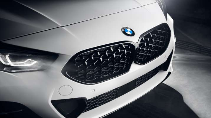 India Tv - BMW 2 Series Gran Coupe Black Shadow edition