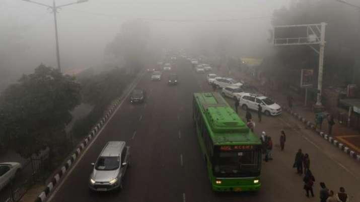 Dense fog shrouds Delhi, air quality improves marginally in 'very poor' category