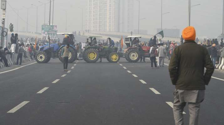 delhi meerut expressway blocked