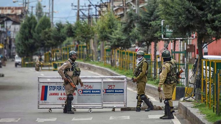 J&K: Terrorists hurl grenade at security forces in Pulwama, 2 civilians injured
