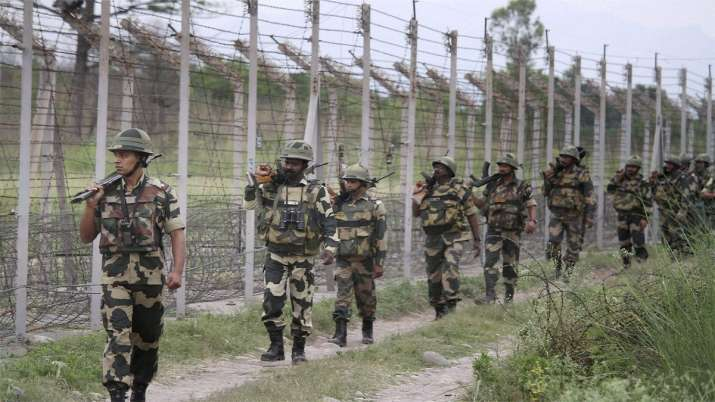 Indian Forces, Indian Army, Line of Control, Pakistan, LOC, UN vehicle