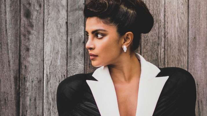 Priyanka Chopra is a treat for sore eyes in monochrome blazer with plunging neckline