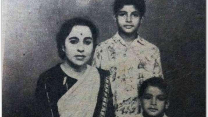 Amitabh Bachchan remembers 'most beautiful mother' Teji Bachchan on death anniversary