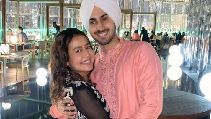 Neha Kakkar made husband Rohanpreet unfollow his ex-girlfriend