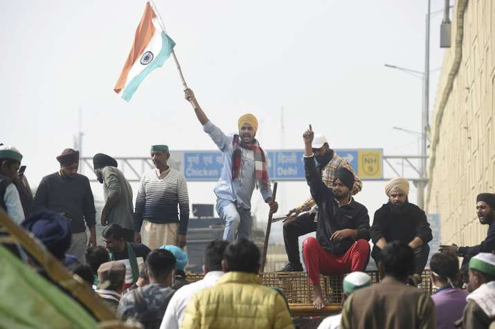 New Delhi: Farmers during their ongoing agitation against