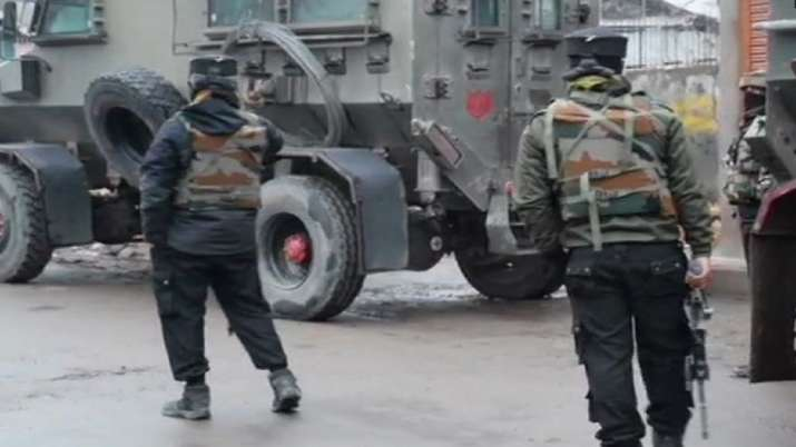 Three local terrorists of Al-Badre outfit killed in encounter in Pulwama's Tiken area