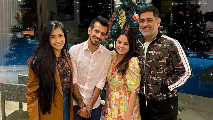 MS Dhoni and Yuzvendra Chahal in Dubai