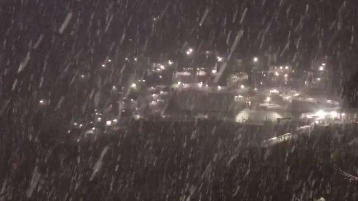 vaishno devi first snowfall, mata vaishno devi snowfall, vaishno devi first snowfall pics, snowfall