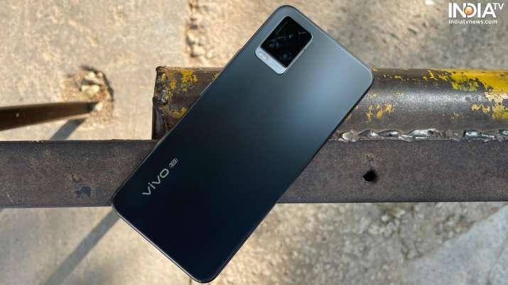 Vivo V20 Pro features a glass back design.