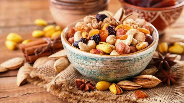 What to eat and avoid in winters? Know from Shahnaz Husain