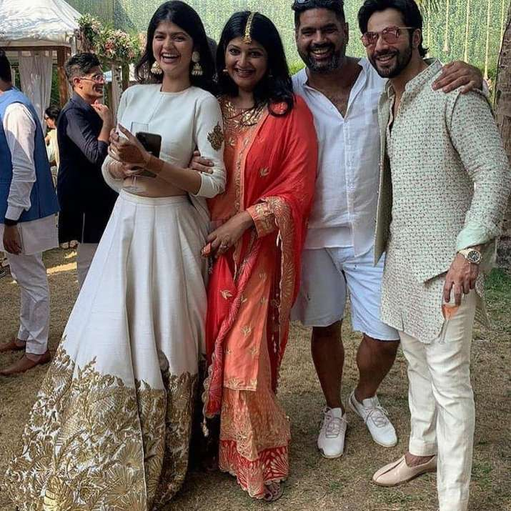 India Tv - Varun Dhawan-Natasha Dalal's fun filled wedding festivities; Manish Malhotra shares unseen pics and